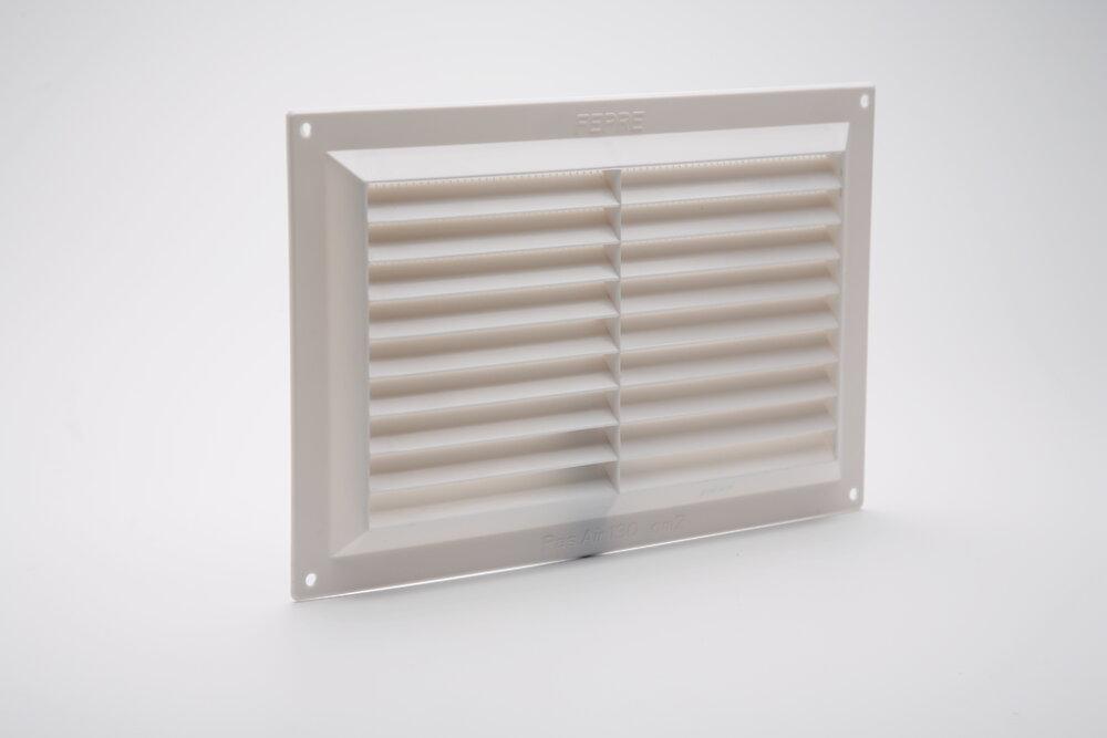 Grille d'aération ABS blanc à visser avec moustiquaire 16,5cm x26