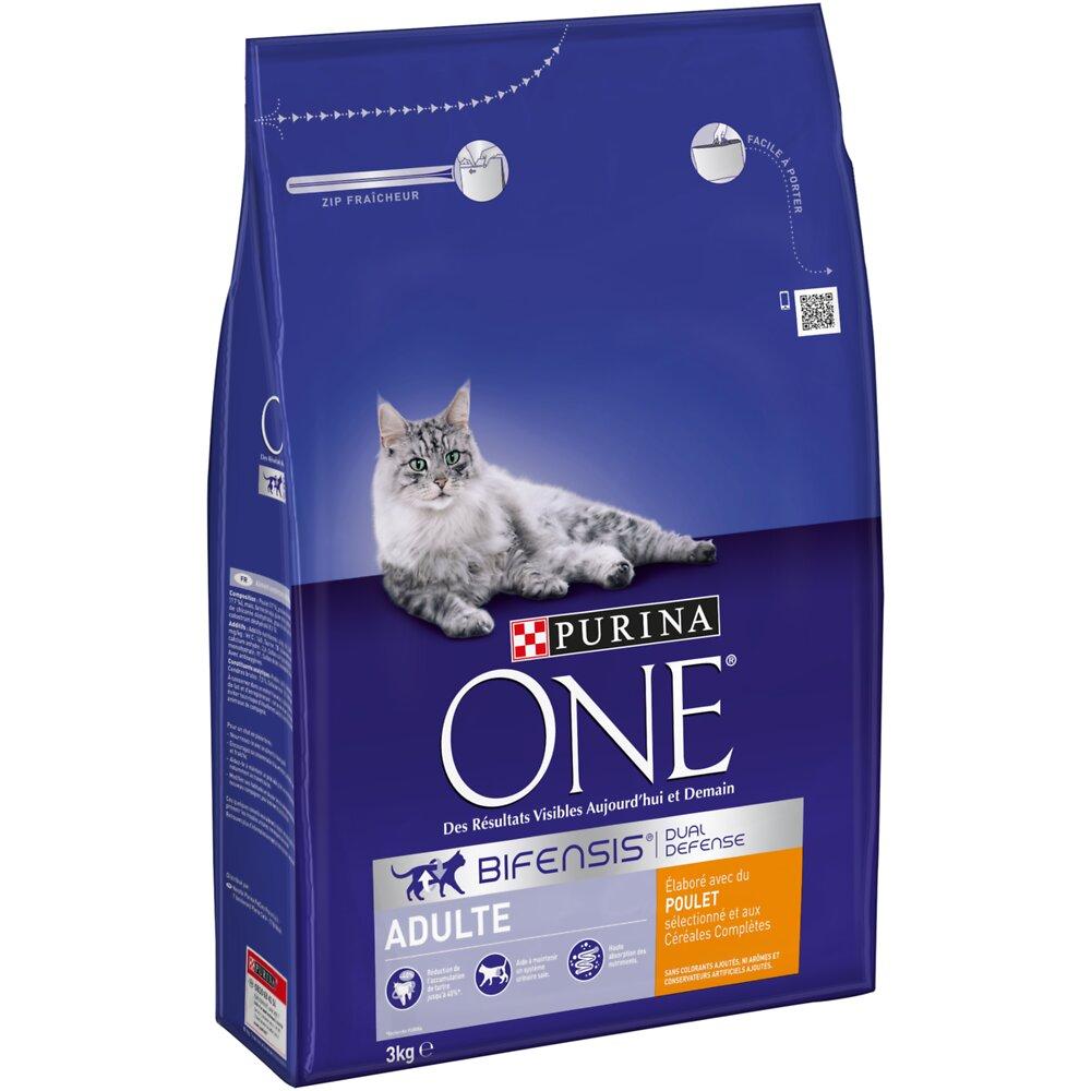 Croquettes chat adulte PURINA ONE poulet et céréales complètes 3 kg