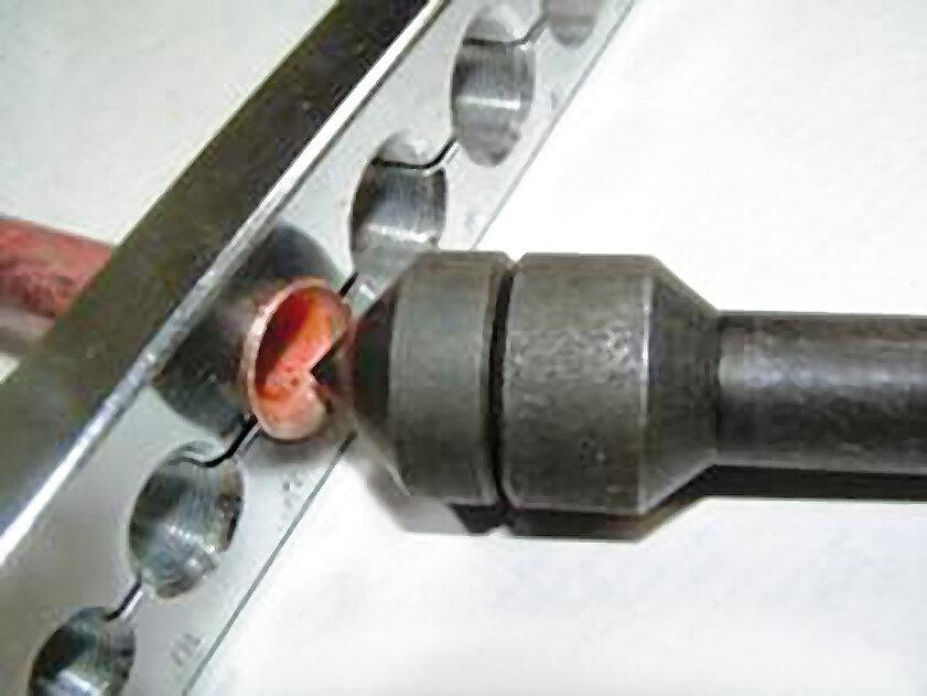 Appareil à collets battus tube cuivre 10-16mm
